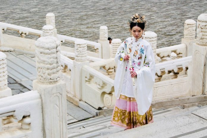 tenue traditionnelle chinoise